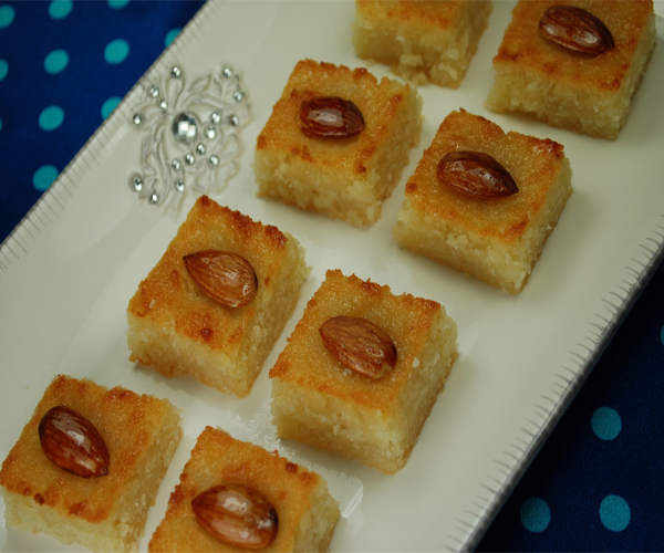 صورة طريقة عمل البسبوسه لذيذه سريعه وسهله pictures arabian basbousa sweets desserts recipes in arabic food recipe easy