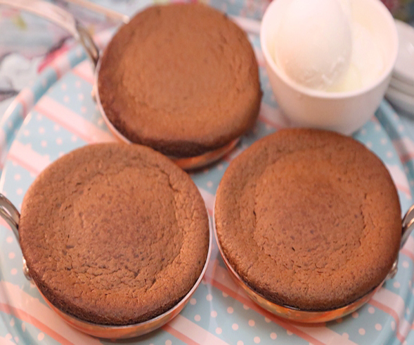 صورة وصفة كيفية طريقة تحضير وعمل السوفليه - سوفليه الأوريو بالنوتيلا سهل وسريع ولذيذ pictures arabian souffle desserts sweets recipes in arabic easy
