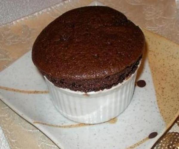 صورة وصفة كيفية طريقة تحضير وعمل السوفليه - سوفليه الكاكاو سهل وسريع ولذيذ pictures arabian souffle desserts sweets recipes in arabic easy