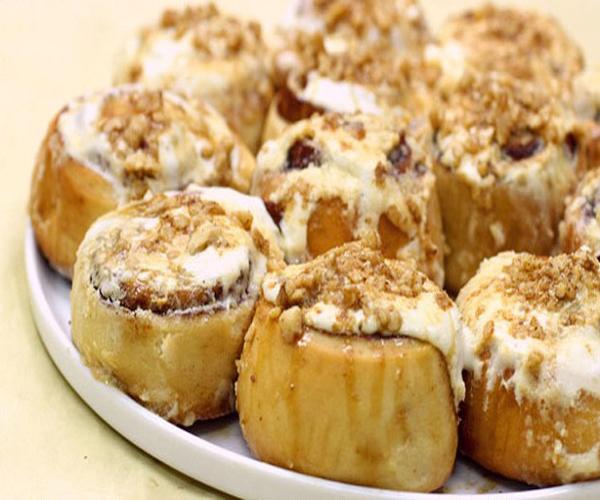 صورة وصفة كيفية طريقة تحضير وعمل وصفات حلويات السينابون - السينابون خطوة خطوة سهل وهش وروعة وسريع ولذيذ pictures arabian cinnabon cinnamon rolls recette recipes in arabic easy