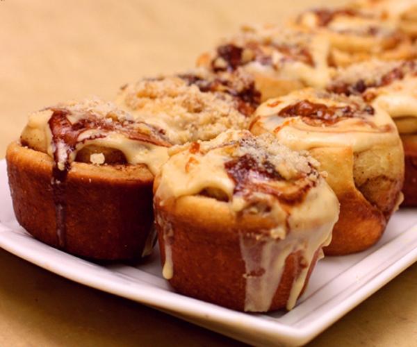 صورة وصفة كيفية طريقة تحضير وعمل وصفات حلويات السينابون - سهل وهش وروعة وسريع ولذيذ pictures arabian cinnabon cinnamon rolls recette recipes in arabic easy