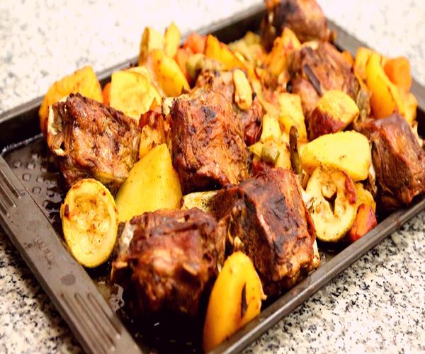 -emirates-frooha-arabic-food-cooking-recipes-وصفات-اطباق-ساخنة-رئيسية-فروحة-الامارات-بالصور-طريقة عمل اللحم منزلي لذيذة بالصور