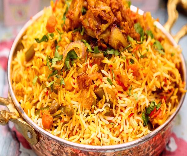 -emirates-frooha-arabic-food-cooking-recipes-وصفات-اطباق-ساخنة-رئيسية-فروحة-الامارات-بالصور-طريقة عمل الرز منزلي لذيذة بالصور