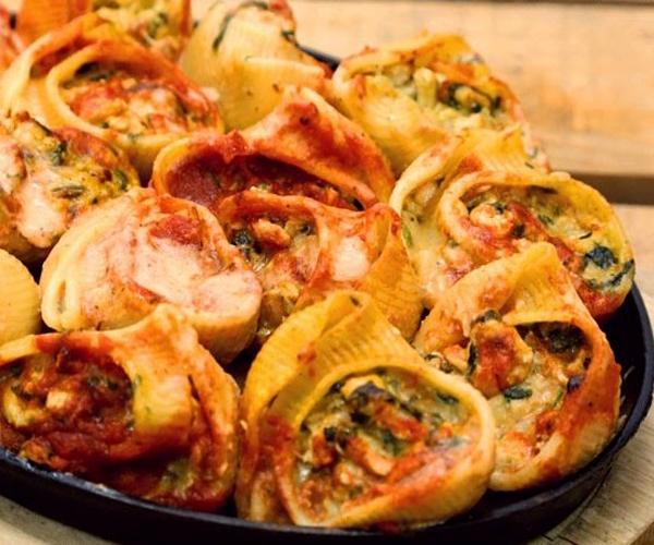 صورة كيفية طريقة تحضير وعمل مكرونة القواقع بحشوة الدجاج سهله ولذيذه وسريعه pictures arabian macaroni pasta recipes in arabic easy