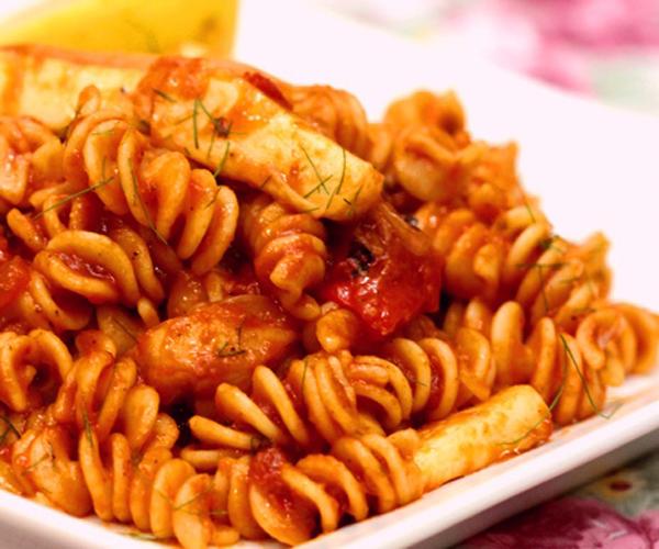 صورة كيفية طريقة تحضير وعمل مكرونة فوسيلي بالحبارسهله ولذيذه وسريعه pictures arabian macaroni pasta recipes in arabic easy