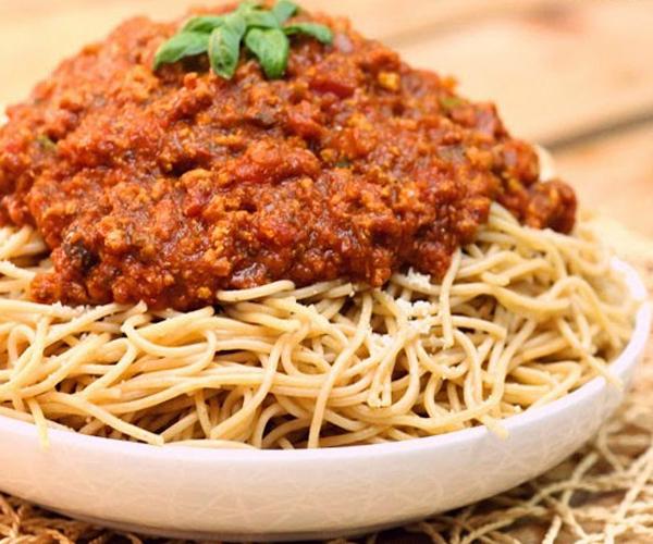 صورة كيفية طريقة تحضير وعمل مكرونة بولونيز سهله ولذيذه وسريعه pictures arabian macaroni pasta recipes in arabic easy