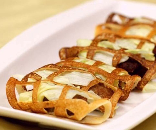 صورة طريقة عمل فطائر فطاير الشبكة لذيذه سريعه وسهله pictures arabian pie fatayer recipes in arabic food recipe easy