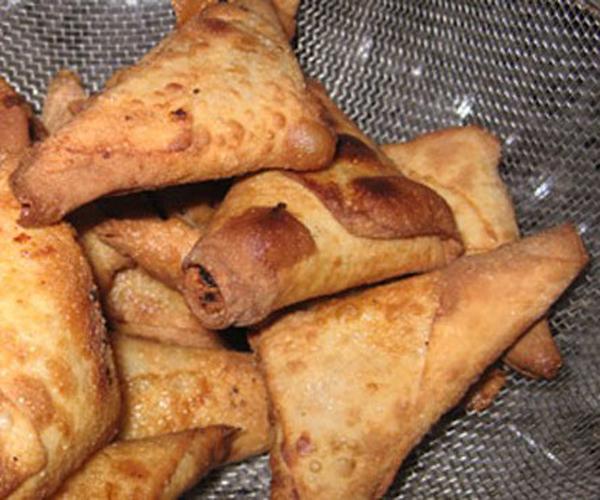 صورة كيفية طريقة تحضير سمبوسه دجاج من مطبخ فروحه الامارات سهلة ولذيذة وسريعة pictures arabian samosa pastry recipes in arabic easy