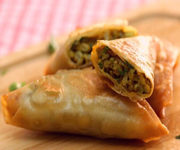 صورة كيفية طريقة تحضير سمبوسه البطاطس والماش سهلة ولذيذة وسريعة pictures arabian samosa pastry recipes in arabic easy