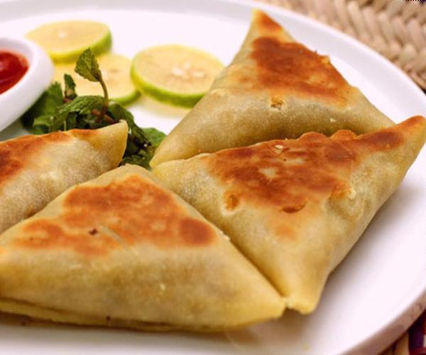 صورة كيفية طريقة تحضير سمبوسة على الصاج سهلة ولذيذة وسريعة pictures arabian samosa pastry recipes in arabic easy