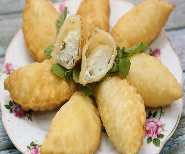 صورة كيفية طريقة تحضير سمبوسة البف جبن سهلة ولذيذة وسريعة pictures arabian samosa pastry recipes in arabic easy