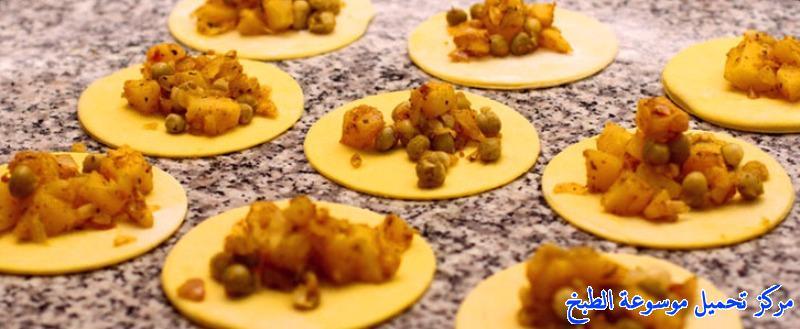 http://www.encyclopediacooking.com/upload_recipes_online/uploads/images_حشوة-البطاطس-والبازلاء-بالصور-خطوة-خطوة_74dc9.jpg