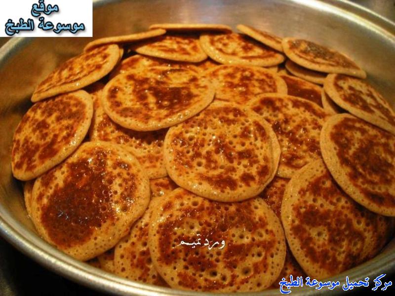 al massabeb recipes in arabic-طريقة عمل مصابيب ورد تميم وتسمى المراصيع - المراقيش - المصابيب - الرغفان - مراهيف
