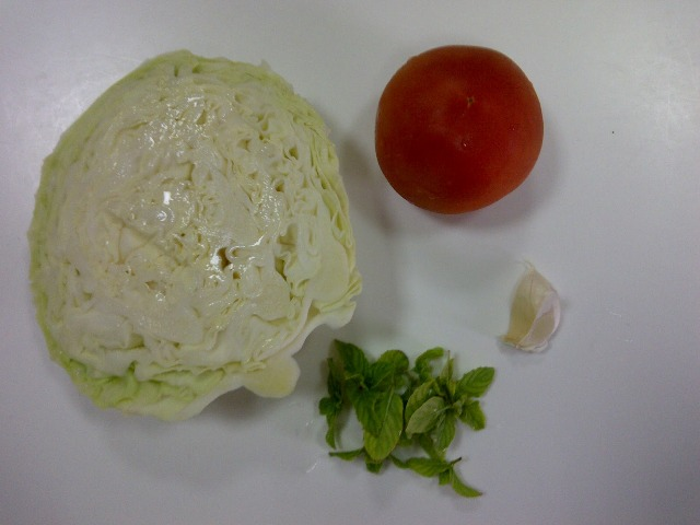 http://www.encyclopediacooking.com/upload_recipes_online/uploads/images_2how-to-make-best-easy-homemade-cabbage-tomato-salad-recipe.jpg