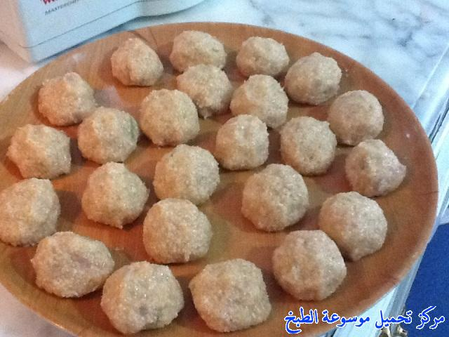 http://www.encyclopediacooking.com/upload_recipes_online/uploads/images_algerian-food-recipes-%D9%83%D9%8A%D9%81%D9%8A%D8%A9-%D8%B9%D9%85%D9%84-%D8%B2%D9%87%D8%B1%D8%A9-%D8%A7%D9%84%D9%82%D8%B1%D9%86%D8%A8%D9%8A%D8%B7-%D9%81%D9%8A-%D8%A7%D9%84%D9%81%D8%B1%D9%86-%D8%B9%D9%84%D9%89-%D8%A7%D9%84%D8%B7%D8%B1%D9%8A%D9%82%D8%A9-%D8%A7%D9%84%D8%AC%D8%B2%D8%A7%D8%A6%D8%B1%D9%8A%D8%A9-%D9%85%D9%86-%D8%A7%D9%84%D9%85%D8%B7%D8%A8%D8%AE-%D8%A7%D9%84%D8%AC%D8%B2%D8%A7%D8%A6%D8%B1%D9%8A-%D8%A8%D8%A7%D9%84%D8%B5%D9%88%D8%B14.jpg