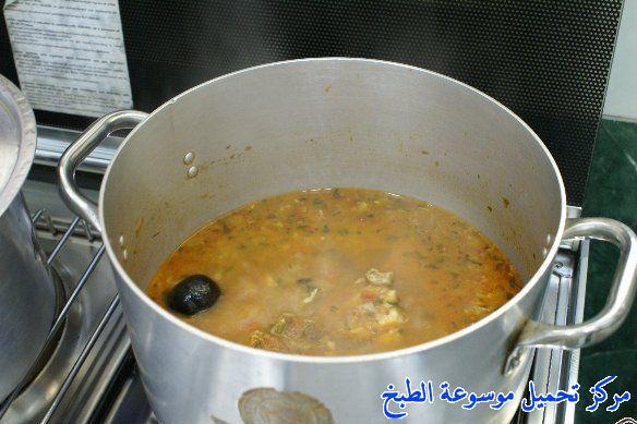 http://www.encyclopediacooking.com/upload_recipes_online/uploads/images_arabic-food-cooking-qatari-cuisine-recipe-12-%D8%B5%D9%88%D8%B1%D8%A9-%D8%A7%D9%83%D9%84%D8%A9-%D9%85%D8%AC%D8%A8%D9%88%D8%B3-%D9%87%D8%A7%D9%85%D9%88%D8%B1-%D9%82%D8%B7%D8%B1%D9%8A-%D9%84%D8%B0%D9%8A%D8%B0-%D9%88%D8%B3%D9%87%D9%84.jpg