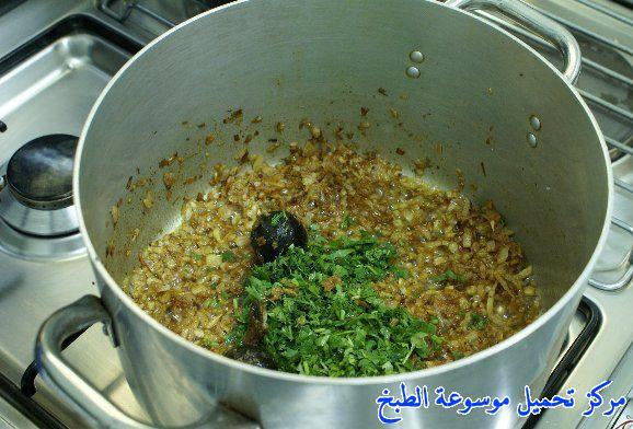 http://www.encyclopediacooking.com/upload_recipes_online/uploads/images_arabic-food-cooking-qatari-cuisine-recipe-6-%D8%B5%D9%88%D8%B1%D8%A9-%D8%A7%D9%83%D9%84%D8%A9-%D9%85%D8%AC%D8%A8%D9%88%D8%B3-%D9%87%D8%A7%D9%85%D9%88%D8%B1-%D9%82%D8%B7%D8%B1%D9%8A-%D9%84%D8%B0%D9%8A%D8%B0-%D9%88%D8%B3%D9%87%D9%84.jpg