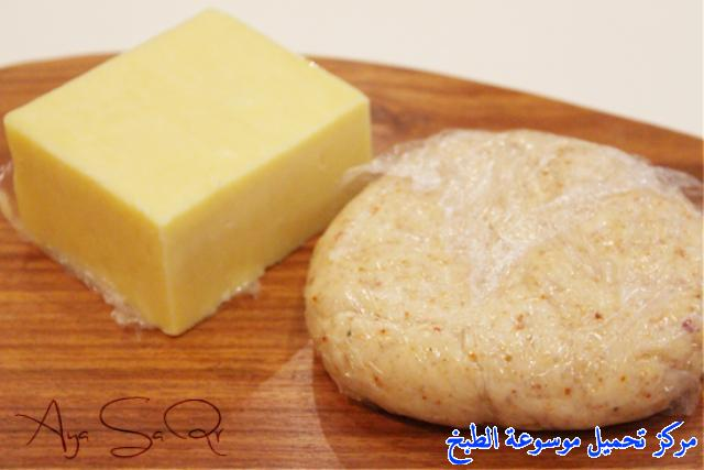http://www.encyclopediacooking.com/upload_recipes_online/uploads/images_cheese-patty-recipe-%D9%81%D8%B7%D9%8A%D8%B1%D8%A9-%D8%A7%D9%84%D8%AC%D8%A8%D9%862.jpg