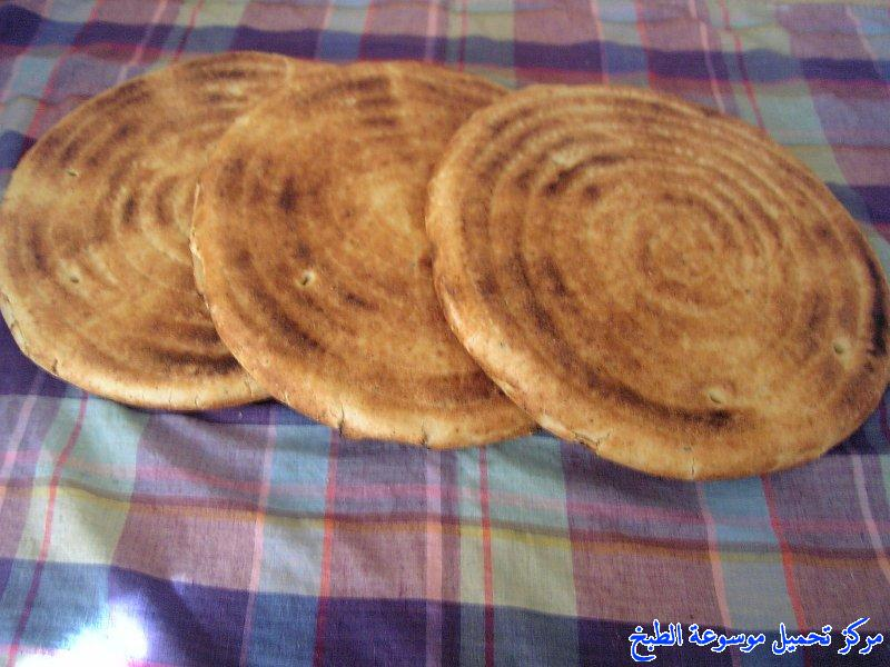http://www.encyclopediacooking.com/upload_recipes_online/uploads/images_cooking-recipes-in-arabic-language-%D8%AE%D8%A8%D8%B2-%D8%A7%D9%84%D8%B7%D8%A7%D8%AC%D9%8A%D9%86-%D8%A7%D9%84%D8%AC%D8%B2%D8%A7%D8%A6%D8%B1%D9%8A-%D8%A8%D8%A7%D9%84%D8%B5%D9%88%D8%B12.jpg