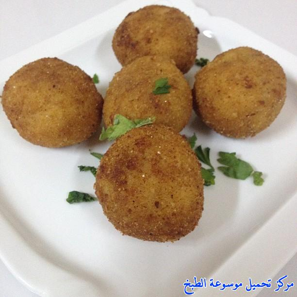 http://www.encyclopediacooking.com/upload_recipes_online/uploads/images_cooking-recipes-in-arabic-language-%D8%B7%D8%B1%D9%8A%D9%82%D8%A9-%D8%B9%D9%85%D9%84-%D9%83%D8%A8%D8%A9-%D8%A7%D9%84%D8%AA%D9%88%D8%B3%D8%AA-%D8%B3%D9%87%D9%84%D9%87-%D8%A8%D8%A7%D9%84%D8%B5%D9%88%D8%B1.jpg