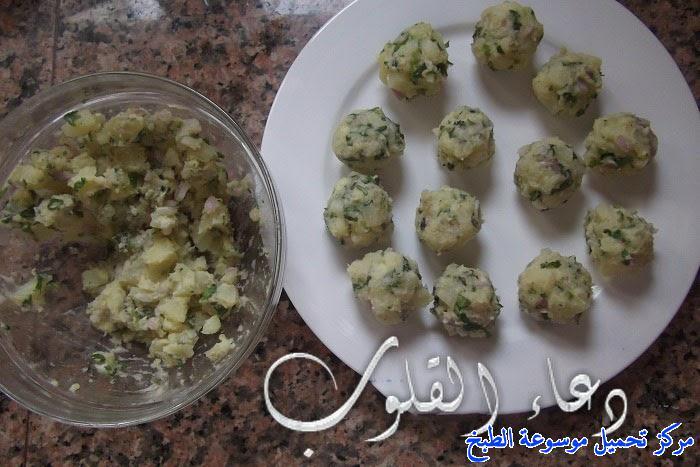 http://www.encyclopediacooking.com/upload_recipes_online/uploads/images_cuisine-en-arabe-algerienne-recette-9-%D8%B7%D8%B1%D9%8A%D9%82%D8%A9-%D8%AA%D8%AD%D8%B6%D9%8A%D8%B1-%D9%83%D8%A8%D8%AF%D8%A9-%D9%85%D8%B4%D8%B1%D9%85%D9%84%D8%A9-%D9%88%D9%85%D9%82%D9%84%D9%8A%D8%A9-%D8%AC%D8%B2%D8%A7%D8%A6%D8%B1%D9%8A%D8%A9-%D8%A8%D8%A7%D9%84%D8%B5%D9%88%D8%B1.jpg