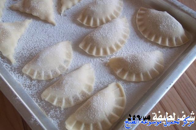 http://www.encyclopediacooking.com/upload_recipes_online/uploads/images_easy-cooking-samosa-recipes-in-arabic-%D8%B5%D9%88%D8%B1%D8%A9-%D8%B9%D9%85%D9%84-%D8%B3%D9%85%D8%A8%D9%88%D8%B3%D8%A9-%D9%84%D8%B7%D9%8A%D9%81%D8%A9-%D9%85%D8%B3%D8%B9%D9%88%D8%AF35.jpg