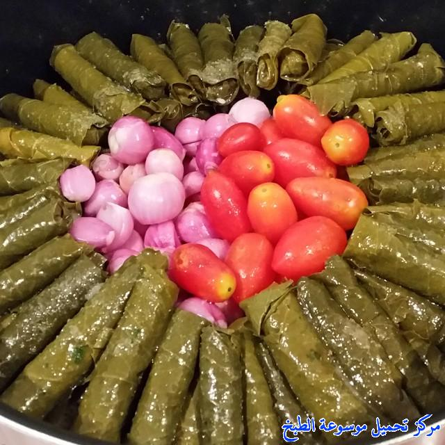 http://www.encyclopediacooking.com/upload_recipes_online/uploads/images_ebanese-food-recipes-with-pictures-%D8%B5%D9%88%D8%B1%D8%A9-%D9%88%D8%B1%D9%82-%D8%A7%D9%84%D8%B9%D9%86%D8%A8-%D8%A8%D8%A7%D9%84%D8%B2%D9%8A%D8%AA-%D8%B9%D9%84%D9%89-%D8%A7%D9%84%D8%B7%D8%B1%D9%8A%D9%82%D8%A9-%D8%A7%D9%84%D9%84%D8%A8%D9%86%D8%A7%D9%86%D9%8A%D8%A92.jpg