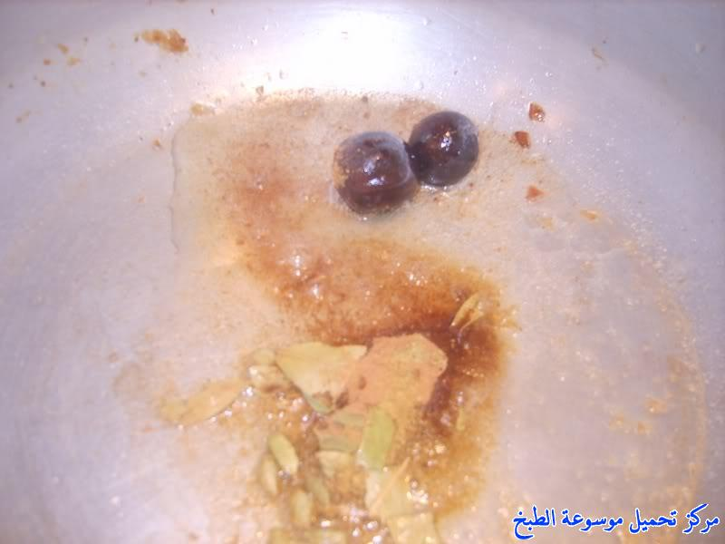 http://www.encyclopediacooking.com/upload_recipes_online/uploads/images_fish-sayadieh-recipe-in-arabic-%D8%B5%D9%8A%D8%A7%D8%AF%D9%8A%D8%A9-%D8%A7%D9%84%D8%B3%D9%85%D9%83-%D8%A7%D9%84%D8%AD%D8%AC%D8%A7%D8%B2%D9%8A%D8%A99.jpg