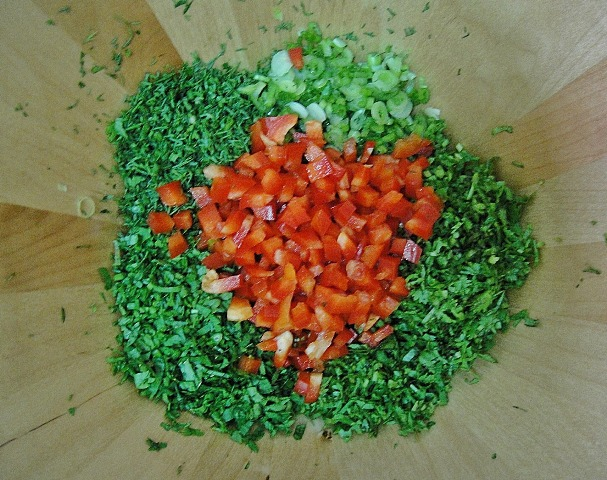 http://www.encyclopediacooking.com/upload_recipes_online/uploads/images_how-to-make-best-easy-homemade-freekeh-salad-recipe4.jpg