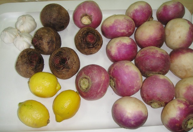 http://www.encyclopediacooking.com/upload_recipes_online/uploads/images_how-to-make-easy-homemade-turnip-and-beetroot-pickle-tursu-recipe-step-by-step2.jpg