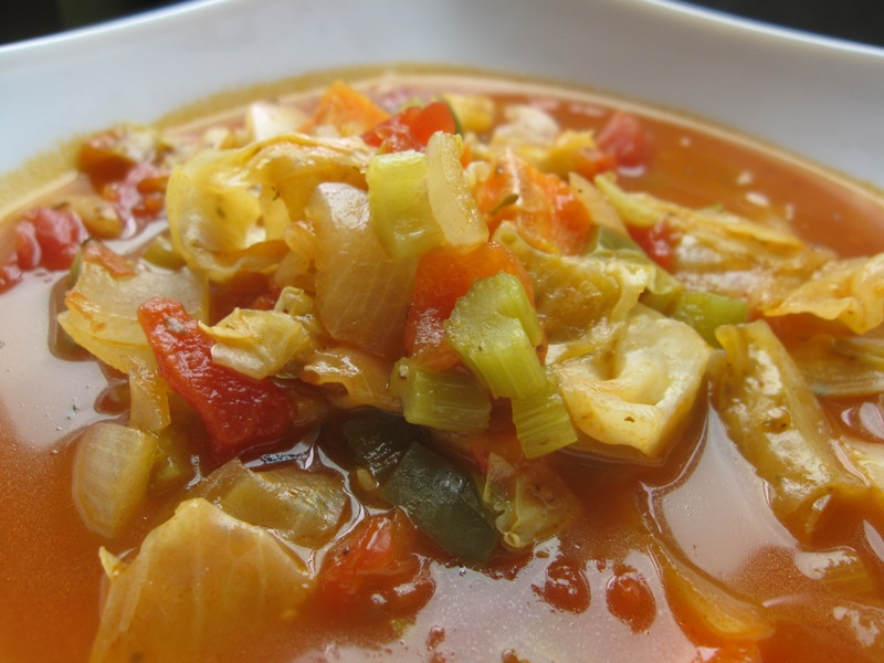 http://www.encyclopediacooking.com/upload_recipes_online/uploads/images_how-to-make-homemade-cabbage-soup-vegetables-recipe.jpg