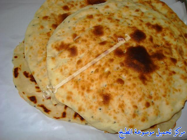 http://www.encyclopediacooking.com/upload_recipes_online/uploads/images_how-to-make-khubz-arabic-bread-recipe-%D8%B7%D8%B1%D9%8A%D9%82%D8%A9-%D9%88%D9%83%D9%8A%D9%81%D9%8A%D8%A9-%D8%B5%D9%86%D8%A7%D8%B9%D8%A9-%D8%A7%D9%84%D8%AE%D8%A8%D8%B2-%D9%81%D9%8A-%D8%A7%D9%84%D8%A8%D9%8A%D8%AA-%D8%A8%D8%A7%D9%84%D8%B5%D9%88%D8%B1.jpg