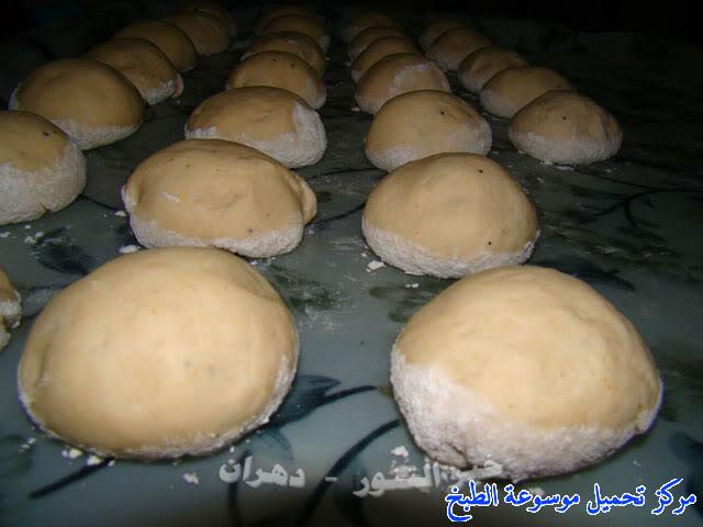 http://www.encyclopediacooking.com/upload_recipes_online/uploads/images_how-to-make-khubz-arabic-bread-recipe-%D8%B7%D8%B1%D9%8A%D9%82%D8%A9-%D9%88%D9%83%D9%8A%D9%81%D9%8A%D8%A9-%D8%B5%D9%86%D8%A7%D8%B9%D8%A9-%D8%A7%D9%84%D8%AE%D8%A8%D8%B2-%D9%81%D9%8A-%D8%A7%D9%84%D8%A8%D9%8A%D8%AA-%D8%A8%D8%A7%D9%84%D8%B5%D9%88%D8%B13.jpg
