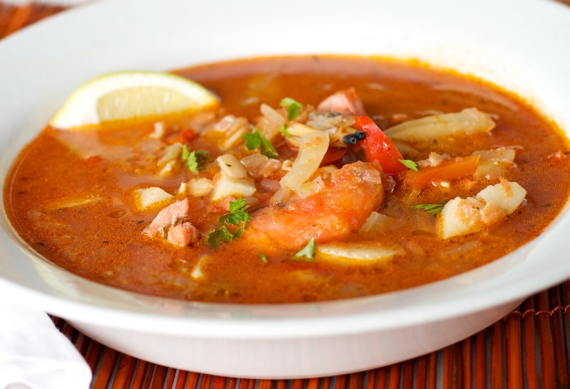 http://www.encyclopediacooking.com/upload_recipes_online/uploads/images_how-to-make-middle-eastern-homemade-seafood-soup-recipe.jpg