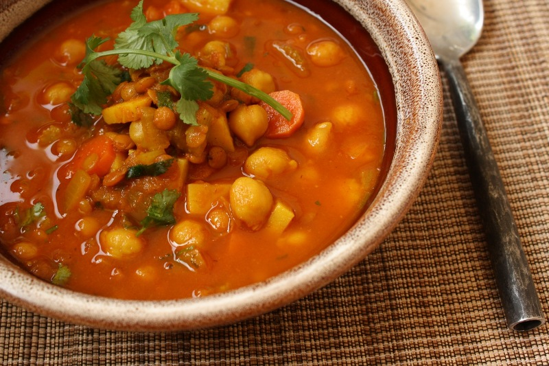 http://www.encyclopediacooking.com/upload_recipes_online/uploads/images_how-to-make-middle-eastern-moroccan-harira-soup-recipe.jpg