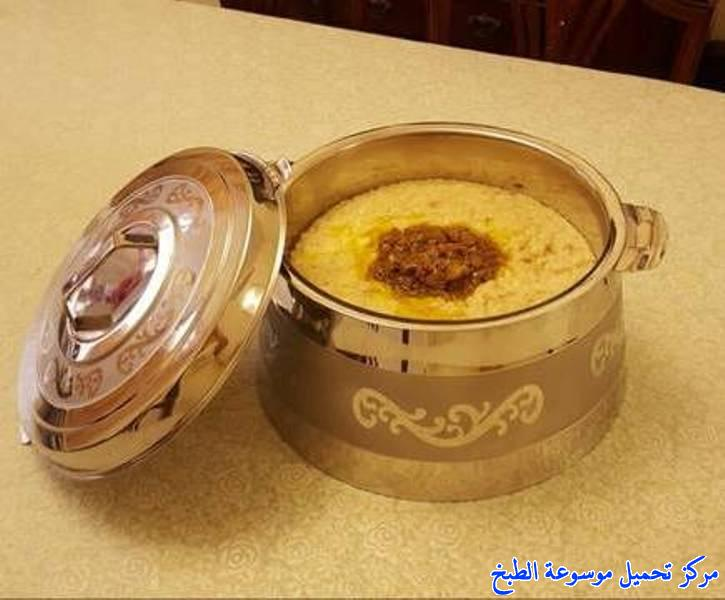 http://www.encyclopediacooking.com/upload_recipes_online/uploads/images_how-to-make-saudi-jareesh-%D8%B7%D8%B1%D9%8A%D9%82%D8%A9-%D8%A7%D9%84%D8%AC%D8%B1%D9%8A%D8%B4-%D8%A7%D9%84%D9%86%D8%AC%D8%AF%D9%8A-%D8%A7%D9%84%D9%85%D9%84%D9%83%D9%8A-%D8%A8%D8%A7%D9%84%D8%B5%D9%88%D8%B1.jpg
