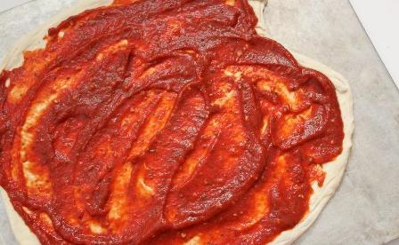 طريقة عمل صلصة البيتزا السريعة بالصور_middle eastern homemade Pizza sauce food recipes arabic
