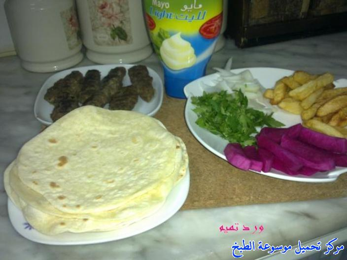 http://www.encyclopediacooking.com/upload_recipes_online/uploads/images_kebab-sandwich-recipe-%D8%B3%D9%86%D8%AF%D9%88%D9%8A%D8%B4%D8%A7%D8%AA-%D9%83%D8%A8%D8%A7%D8%A8-%D9%84%D8%AD%D9%856.jpg