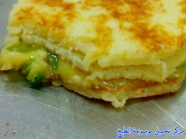 http://www.encyclopediacooking.com/upload_recipes_online/uploads/images_make-a-crepe-recipes-french-easy-in-arabic-a11-%D9%88%D8%B5%D9%81%D8%A7%D8%AA-%D9%88%D8%B5%D9%81%D8%A9-%D8%A7%D9%84%D9%83%D8%B1%D9%8A%D8%A8-%D8%A7%D9%84%D9%81%D8%B1%D9%86%D8%B3%D9%8A.jpg