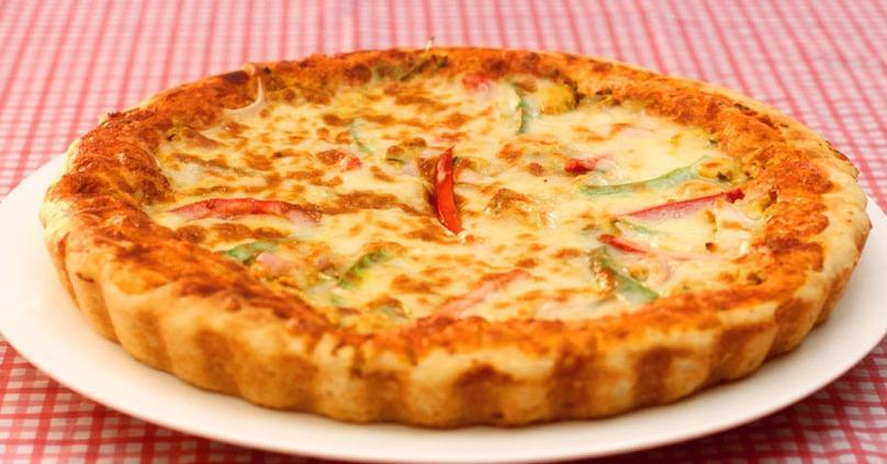 middle eastern homemade pizza food recipes arabic طريقة عمل البيتزا بالصور