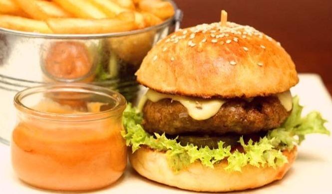 middle eastern homemade sandwich food recipes arabic طريقة عمل ساندوتش برجر اللحم بالصور