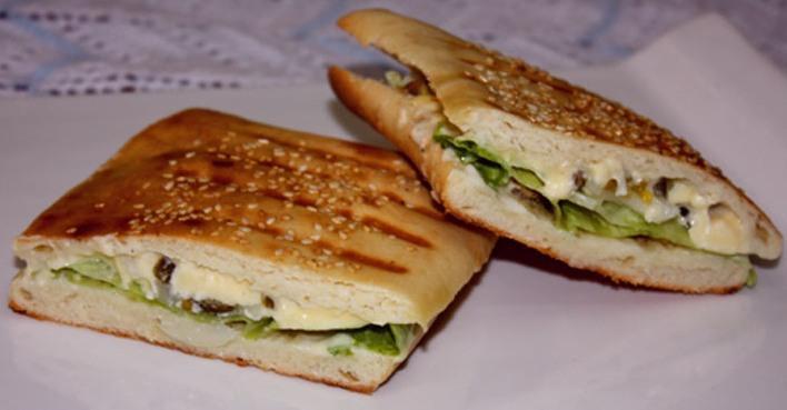 middle eastern homemade sandwich food recipes arabic طريقة عمل ساندوتش خبز البانيني بالصور