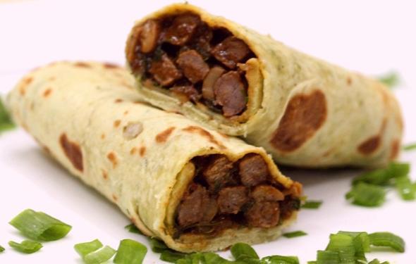 middle eastern homemade sandwich food recipes arabic طريقة عمل ساندوتش شاورما اللحم بالصور