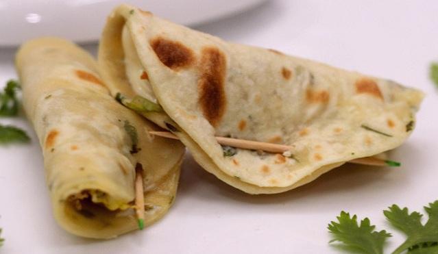 middle eastern homemade sandwich food recipes arabic طريقة عمل ساندوتش ميني كودو الدجاج بالصور