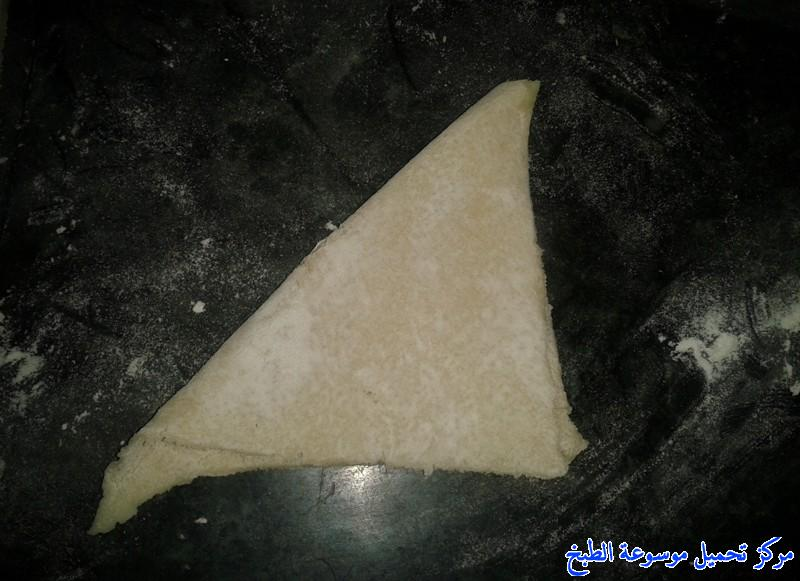 http://www.encyclopediacooking.com/upload_recipes_online/uploads/images_samosa-recipe-%D8%B5%D9%88%D8%B1%D8%A9-%D8%B3%D9%85%D8%A8%D9%88%D8%B3%D8%A9-%D8%A7%D9%84%D8%A8%D8%B7%D8%A7%D8%B7%D8%B310.jpg