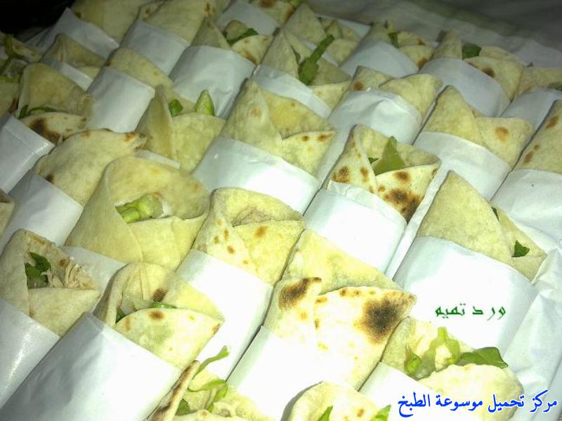 http://www.encyclopediacooking.com/upload_recipes_online/uploads/images_shawarma-chicken-sandwich-%D8%B4%D8%A7%D9%88%D8%B1%D9%85%D8%A7-%D8%A7%D9%84%D8%AF%D8%AC%D8%A7%D8%AC-%D8%A8%D8%A7%D9%84%D8%A8%D9%8A%D8%AA-%D8%A8%D8%A7%D9%84%D8%B5%D9%88%D8%B113.jpg