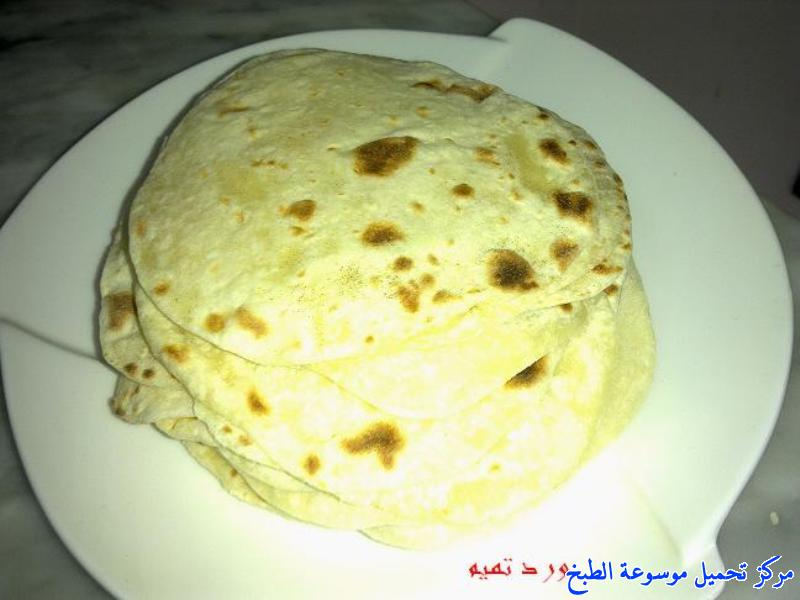 http://www.encyclopediacooking.com/upload_recipes_online/uploads/images_shawarma-chicken-sandwich-%D8%B4%D8%A7%D9%88%D8%B1%D9%85%D8%A7-%D8%A7%D9%84%D8%AF%D8%AC%D8%A7%D8%AC-%D8%A8%D8%A7%D9%84%D8%A8%D9%8A%D8%AA-%D8%A8%D8%A7%D9%84%D8%B5%D9%88%D8%B13.jpg