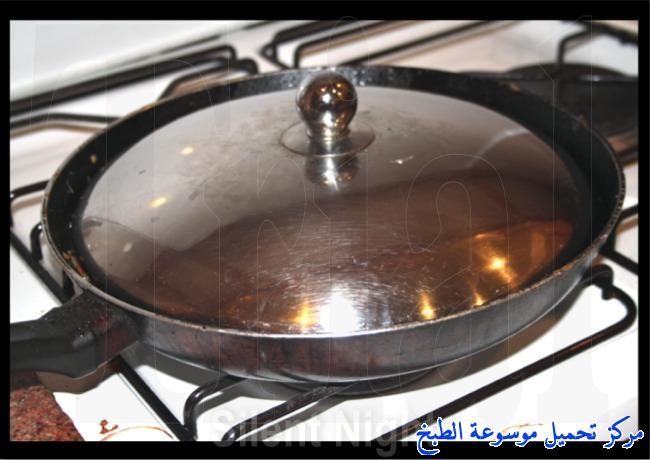 http://www.encyclopediacooking.com/upload_recipes_online/uploads/images_toast-bread-recipe-in-arabic-%D8%B5%D9%8A%D9%86%D9%8A%D8%A9-%D8%A7%D9%84%D8%AA%D9%88%D8%B3%D8%AA-%D8%A8%D8%A7%D9%84%D8%AF%D8%AC%D8%A7%D8%AC-%D9%84%D8%B0%D9%8A%D8%B0%D9%87-%D8%A8%D8%A7%D9%84%D8%B5%D9%88%D8%B17.jpg