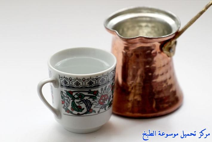 http://www.encyclopediacooking.com/upload_recipes_online/uploads/images_turkish-coffee-%D8%B7%D8%B1%D9%8A%D9%82%D8%A9-%D8%B9%D9%85%D9%84-%D8%A7%D9%84%D9%82%D9%87%D9%88%D8%A9-%D8%A7%D9%84%D8%AA%D8%B1%D9%83%D9%8A%D8%A92.jpg