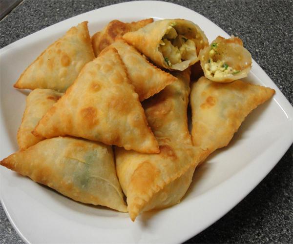 -how to make samosa pastry recipes step by step picturesطريقة عمل السمبوسة بالصور خطوة بخطوة